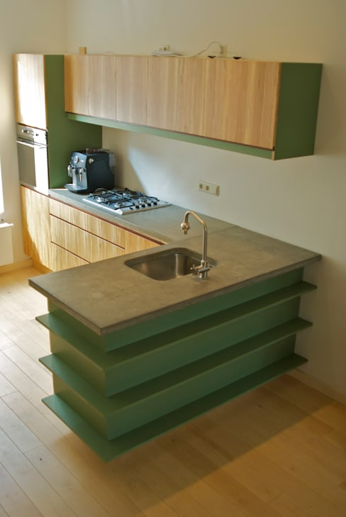 Cocina de estilo  por fingerprint furniture