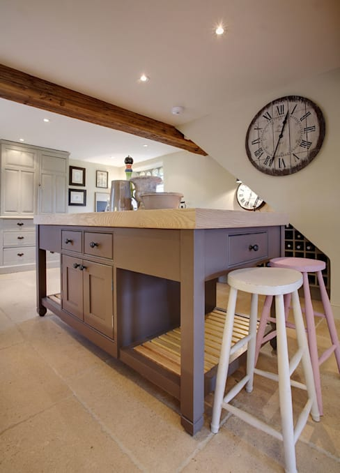 Free Standing Islands:  Kitchen by Duck Egg Kitchens
