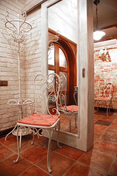 Мария Остроумоваが手掛けた廊下 & 玄関