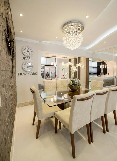 غرفة السفرة تنفيذ Designer de Interiores e Paisagista Iara Kílaris
