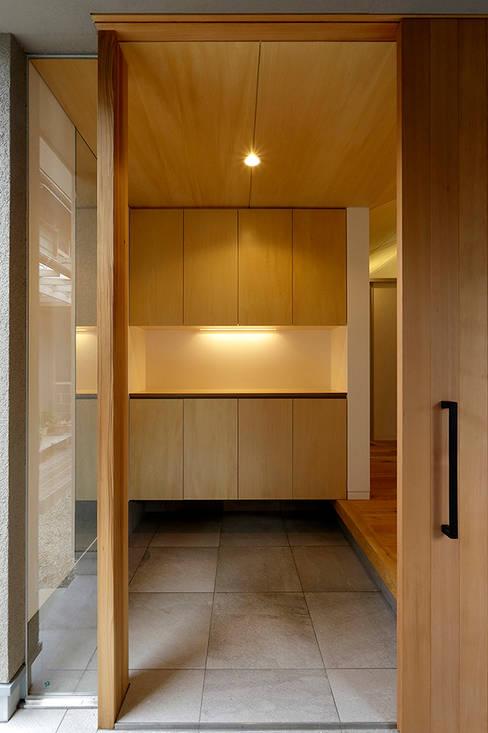 Дома в . Автор – miyukidesign