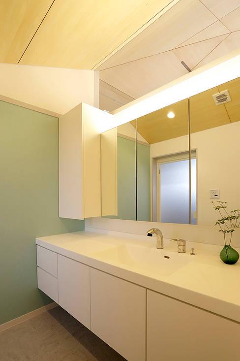 Ванные комнаты в . Автор – miyukidesign
