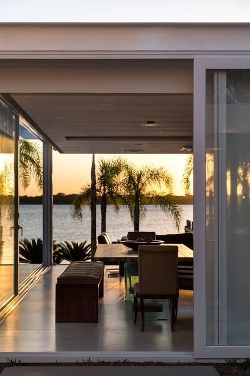 Quiosque Ilha dos Marinheiros: Casas  por Kali Arquitetura