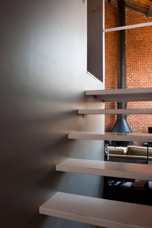 Corridor & hallway by Beriot, Bernardini arquitectos