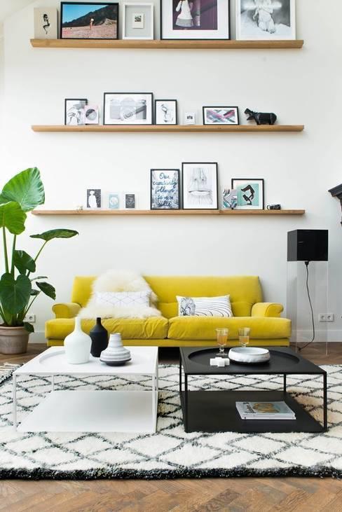 Living room by Muebles Capsir