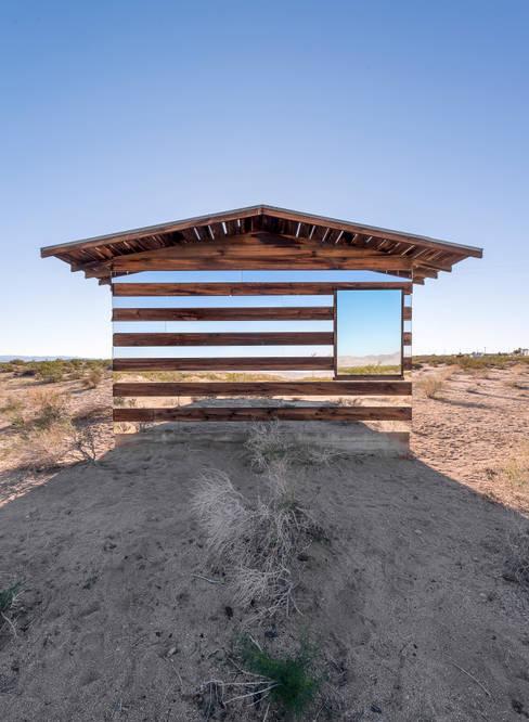 บ้านและที่อยู่อาศัย by royale projects : contemporary art