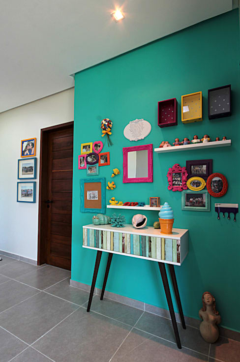 Corridor and hallway by Celia Beatriz Arquitetura