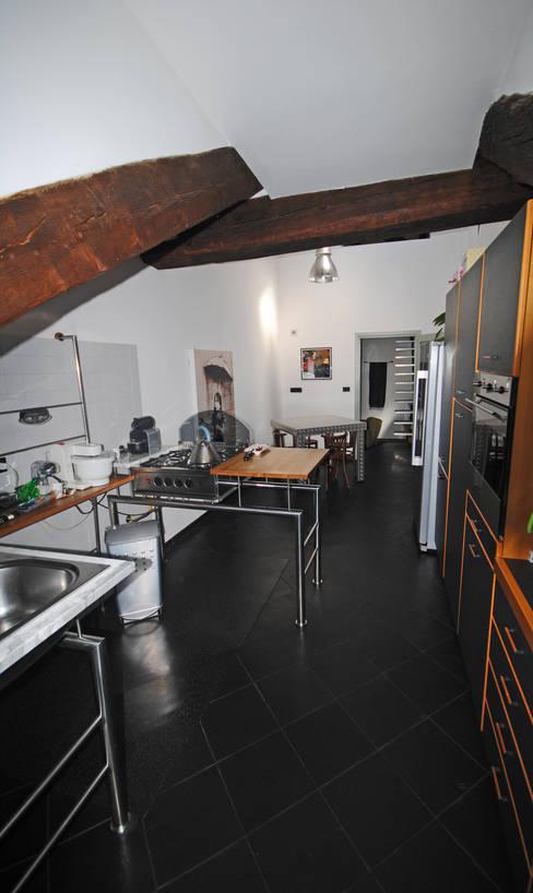 Dapur by ARCHILOCO studio associato