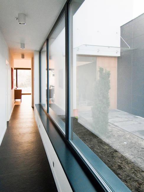 Windows  by Le 2 Workshop