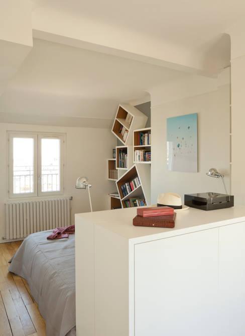 Un Duplex revisité -Neuilly: Chambre de style  par ATELIER FB