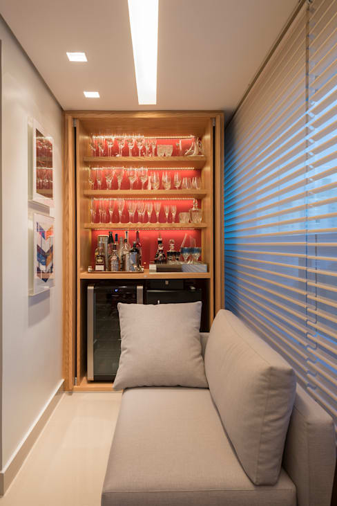 Wijnkelder door Nara Cunha Arquitetura e Interiores