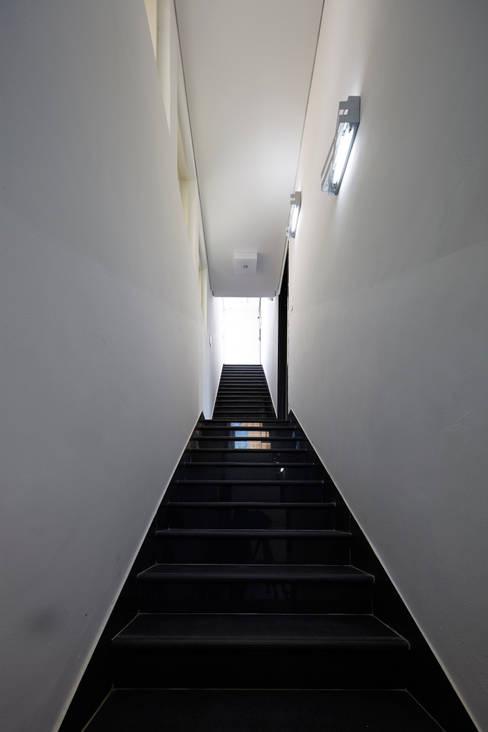 Koridor dan lorong by 스마트건축사사무소