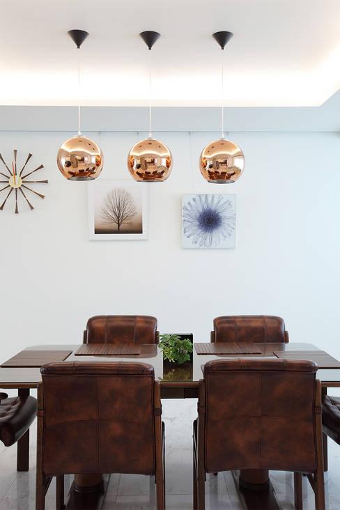 일산 강선마을 벽산아파트 58평형: MID 먹줄의  다이닝 룸