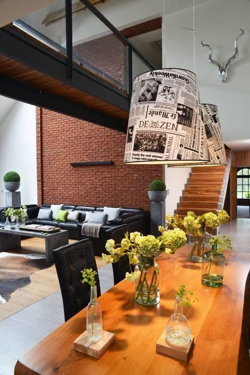 Dining room by RAJEK Projektowanie Wnętrz