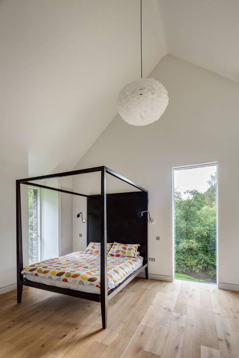 臥室 by Hall + Bednarczyk Architects
