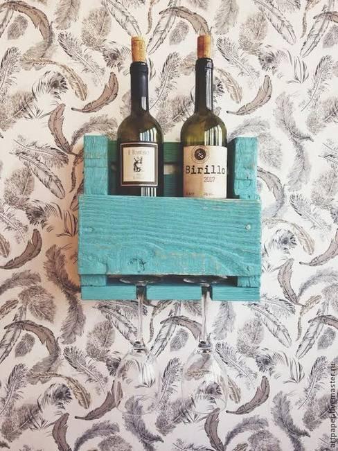 Полка на 2 бутылки вина с холдером на 2 бокала: Кухня в . Автор – 11 Reasons