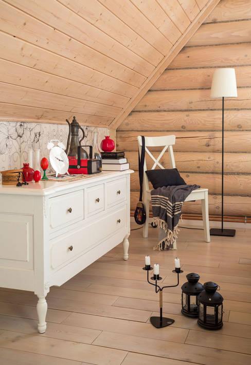 Dormitorios de estilo  por Tatiana Ivanova Design