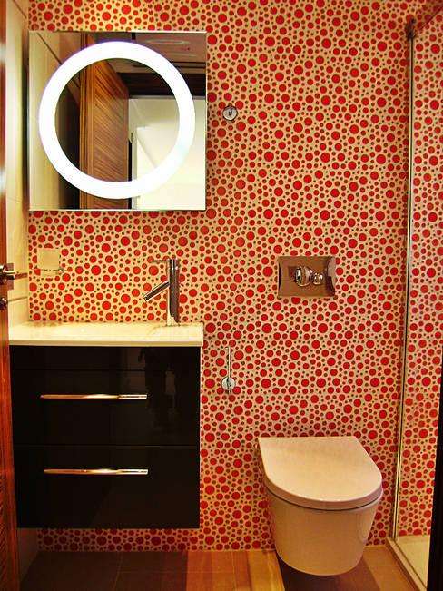 Baños de estilo  por Mellini Internacional, S.L.