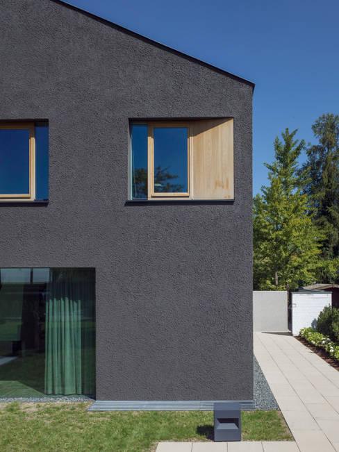 Unterlandstättner Architekten의  창문