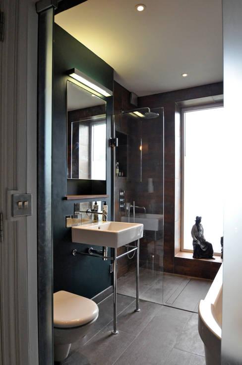 Bathroom by E2 Architecture + Interiors