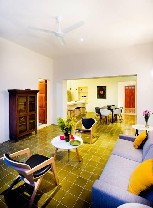Salas / recibidores de estilo  por Taller Estilo Arquitectura