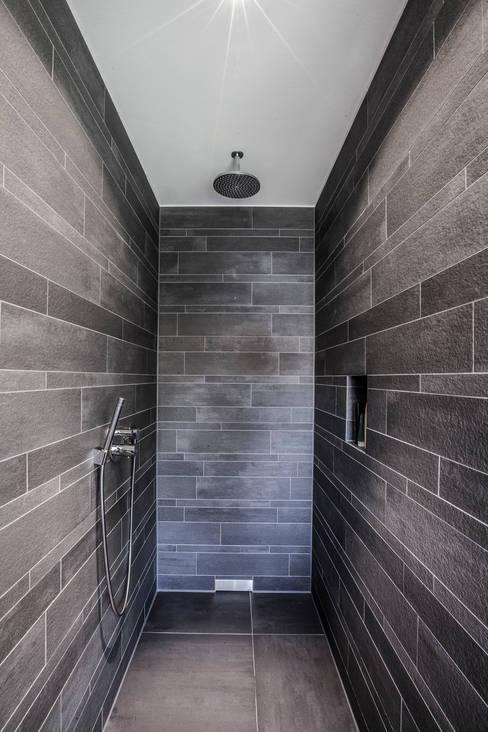 浴室 by 21-arch GmbH