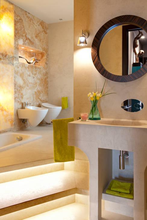 Bathroom by PDV studio di progettazione
