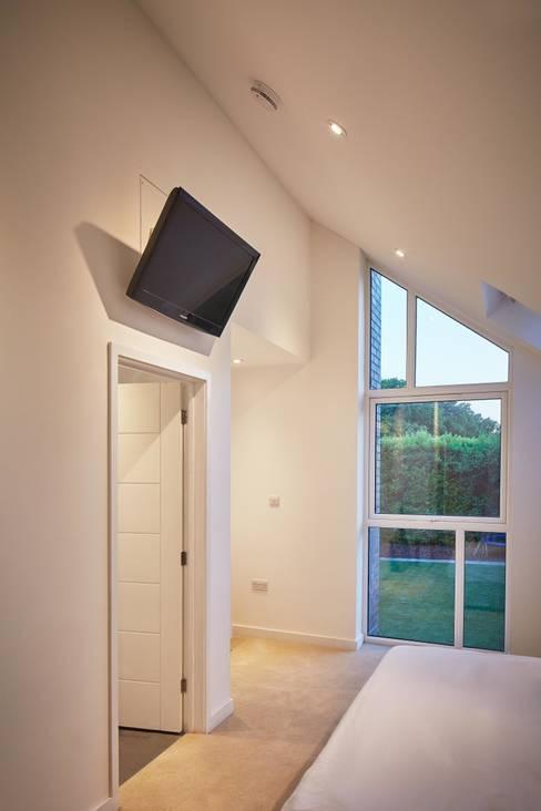 ห้องนอน by LA Hally Architect