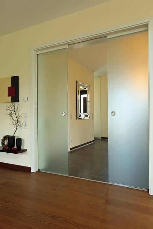 Projekty,  Drzwi szklane zaprojektowane przez FingerHaus GmbH - Bauunternehmen in Frankenberg (Eder)