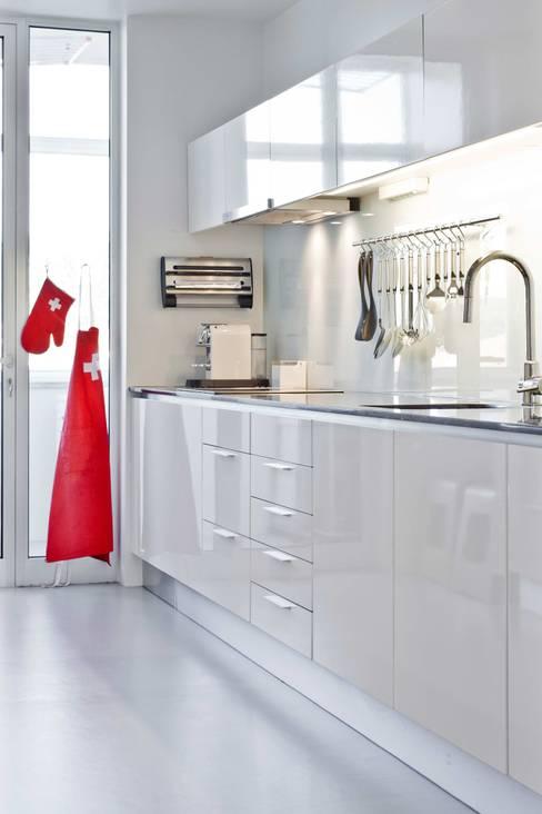 Projekty,  Kuchnia zaprojektowane przez Germano de Castro Pinheiro, Lda