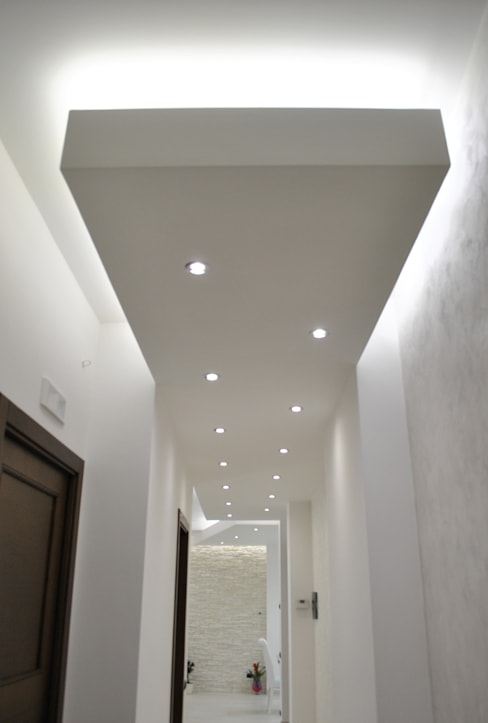 Pasillos y hall de entrada de estilo  por Salvatore Nigrelli Architetto