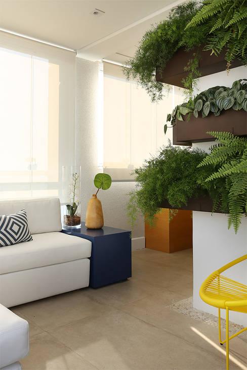 Binnenbeplanting door Duda Senna Arquitetura e Decoração