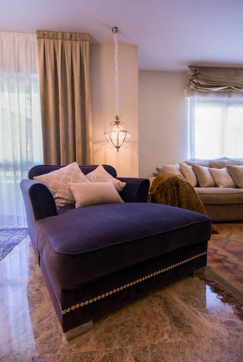 Living room تنفيذ Apersonal