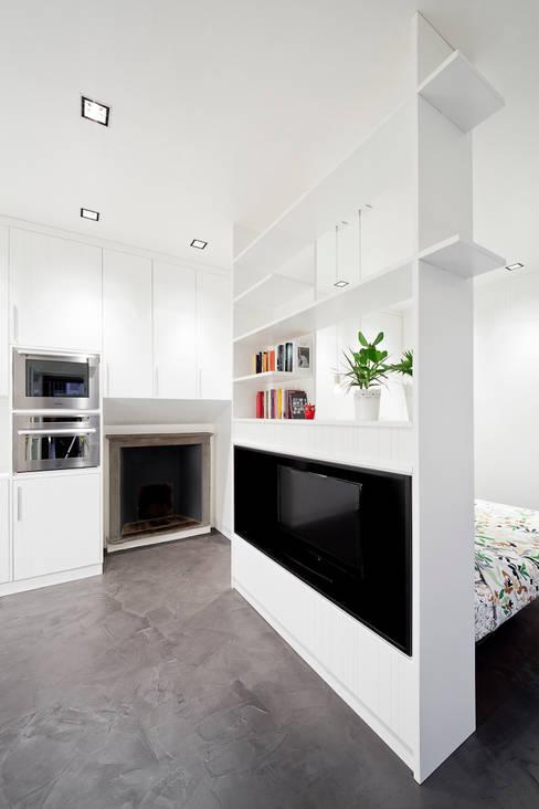 23bassi studio di architettura:  tarz Oturma Odası
