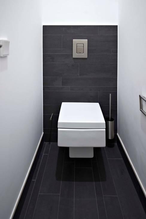 Bathroom by insa4 ingenieure  sachverständige  architekten