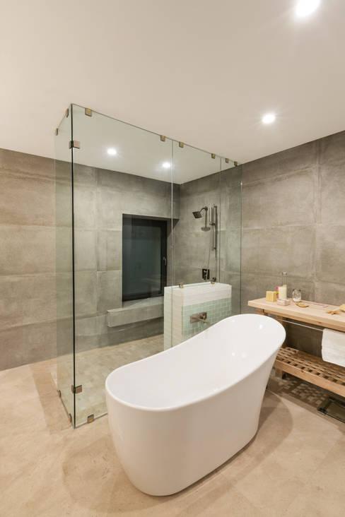 حمام تنفيذ Juan Luis Fernández Arquitecto