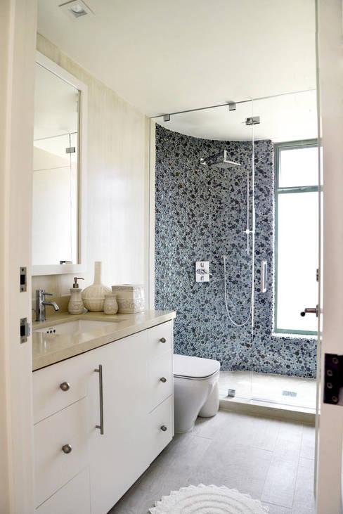 Projekty,  Łazienka zaprojektowane przez Erika Winters® Design