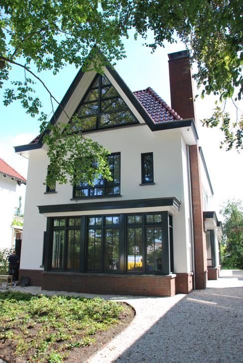 Дома в . Автор – Architektenburo J.J. van Vliet bv