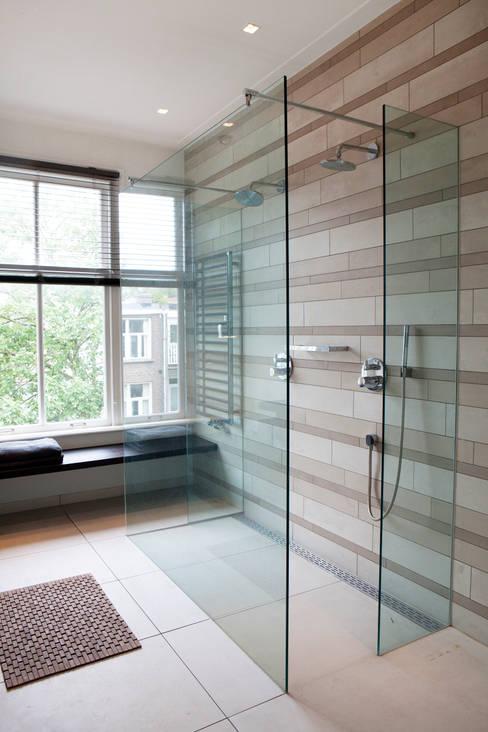 Ванная комната в . Автор – Binnenvorm