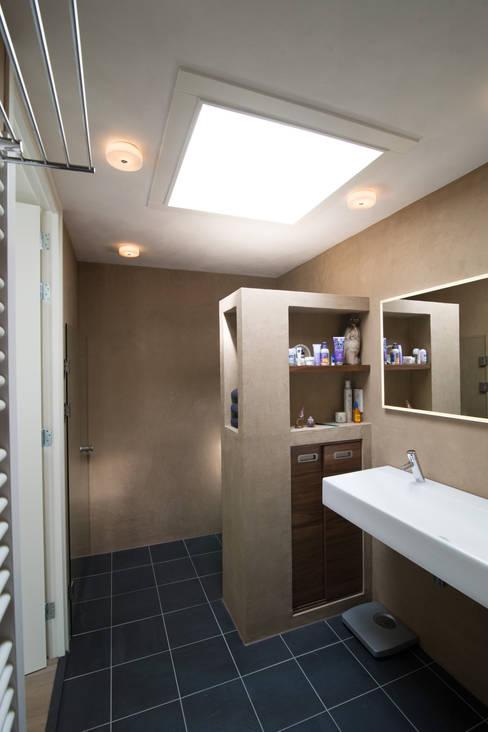 badkamer:  Badkamer door Egbert Duijn architect+