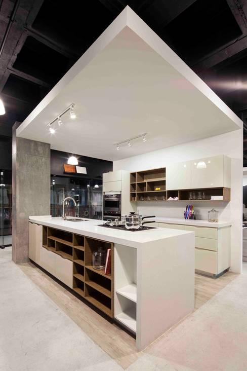 Cucina in stile  di Accion Reforma Arquitectos