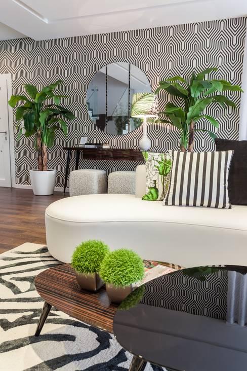 غرفة المعيشة تنفيذ Movelvivo Interiores