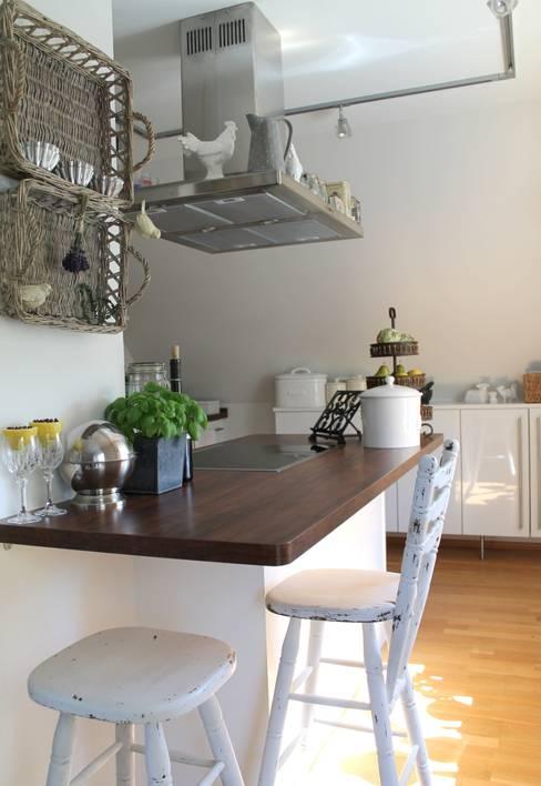 Küche im Stilmix:  Küche von Me & Harmony