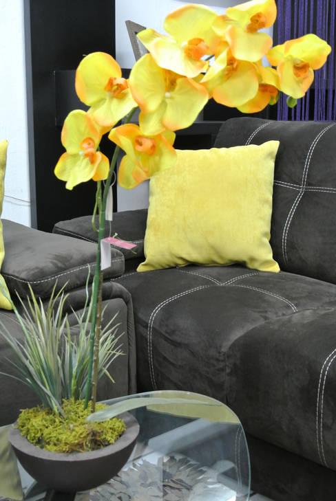 Marlam: Salas de estilo  por Muebles Marlam