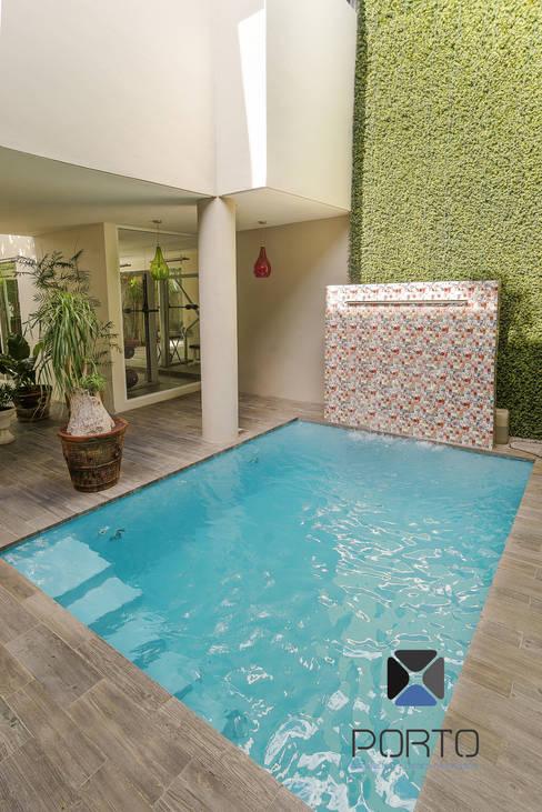 Pool by PORTO Arquitectura + Diseño de Interiores