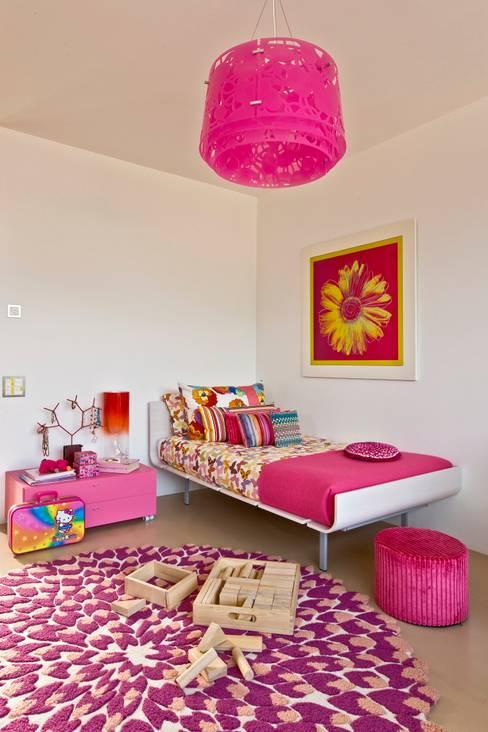 Nursery/kid's room by Viterbo Interior design