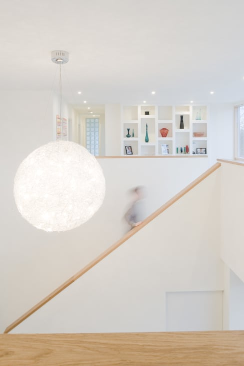 Koridor dan lorong by The Chase Architecture