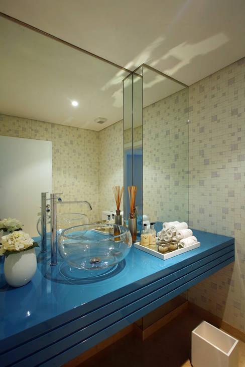 حمام تنفيذ Silvia Costa |  Arquitectura de Interiores