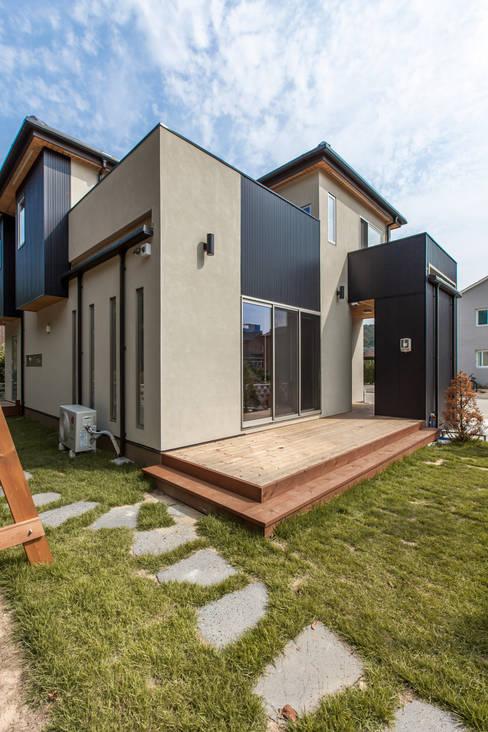 Houses by woodsun