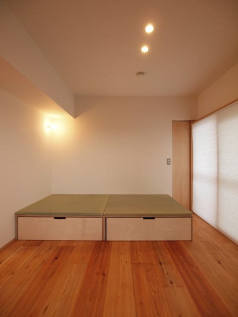 Multimedia room by i think一級建築設計事務所